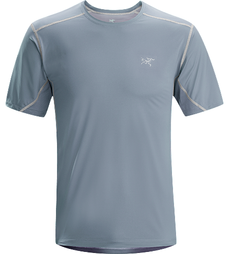 Accelero Comp SS Men's Lightweight, technical short sleeve shirt constructed with air permeable mesh textile across the back and shoulders and a smooth, comfortable textile throughout the main body. Ideal for active use in warm weather.