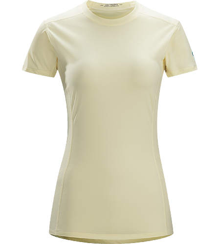 Phase SL Crew SS $^Women's^$ <strong>Phase Series: Moisture wicking base layer | SL: Superlight. </strong>Moisture-wicking base-layer, constructed using odour-control fabric; Ideal as lightweight insulation layer during aerobic activities.