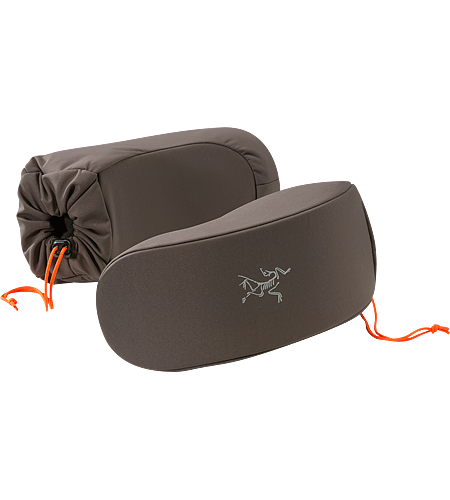 Powderface Case Men's Lens-friendly goggle case with a pliable foam insert and microfleece lining, built using overstock textile. The ultimate snow-sport accessory.