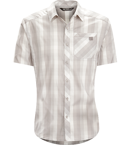 Peakline Shirt SS Men's Trim-fitting, short-sleeved collared shirt made from breathable, moisture-wicking Cotton/Polyester blend textile.