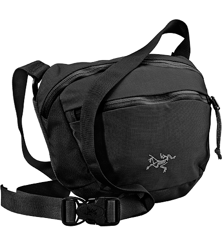 Maka 2 Larger-sized version of the Maka, this small-sized travel bag can be worn around the waist, or over the shoulder