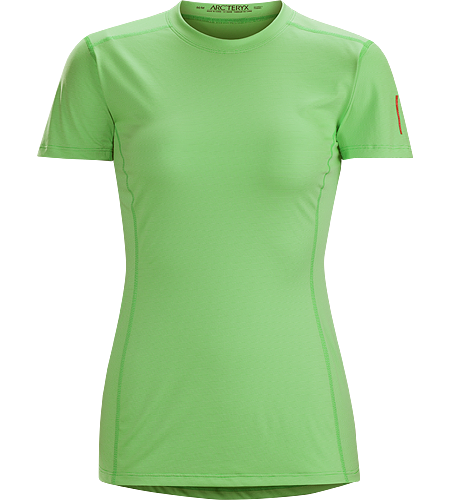 Phase SL Crew SS Women's Moisture-wicking base-layer, constructed using odour-control fabric; ideal as lightweight insulation layer during aerobic activities. Phase Series: Moisture wicking base layer | SL: Superlight.