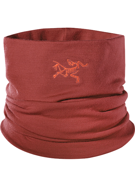 Rho LTW Neck Gaiter Lightweight Wool/Elastane mix neck gaiter keeps the snow out and the warm in. This merino wool/spandex neck gaiter keeps out snow and traps in body heat.