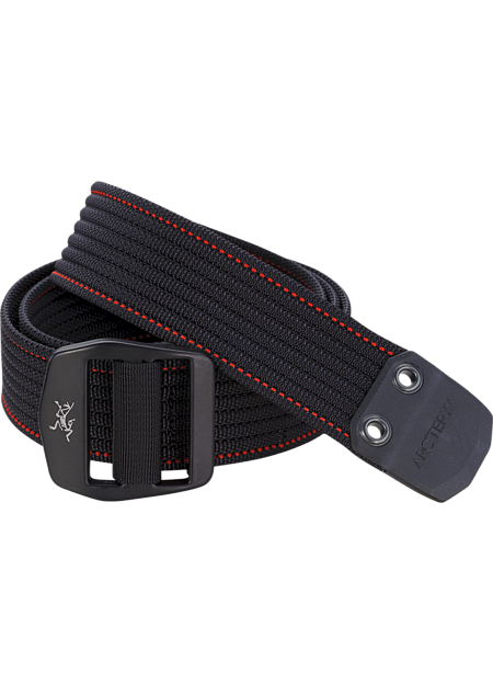 Conveyor Belt Heavy duty, textured webbing belt with contrasting colour stitch detail and a metal buckle with the Arc'teryx logo. Ideal for keeping your pants up.