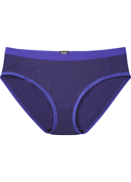 Phase SL Brief Women's Lightweight, moisture-wicking women's bikini-style brief constructed using super lightweight Phasic™ textile for excellent moisture management during stop-and-go activities. Phase Series: Moisture wicking base layer | SL: Superlight.