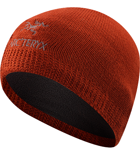 Classic Beanie Mtze im klassischen Beanie-Stil mit gesticktem Logo.