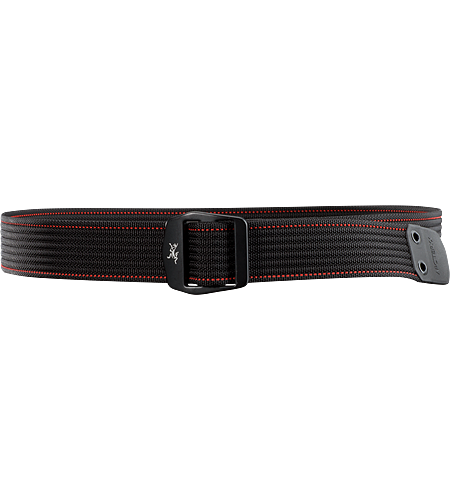 Conveyor Ceinture Ceinture texture et solide avec des dtails surpiqus aux couleurs contrastantes, et une boucle mtal avec le logo Arc'teryx. Idale pour bien tenir vos pantalons.