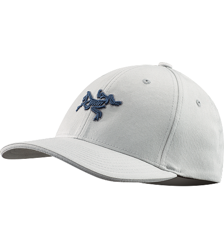 Embroidered Bird Casquette Une casquette profil bas avec l'oiseau du logo d'Arc'teryx brod sur le devant.