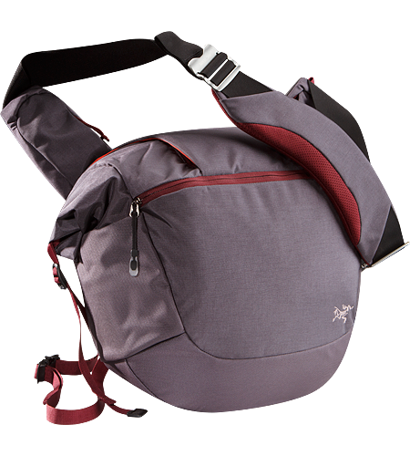 Mistral 16 Urban commuter shoulder bag with accessory pockets.