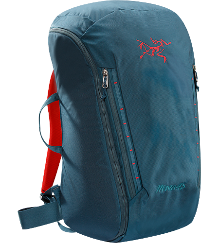 Miura 45 Un sac d'escalade de 45 L pour porter le matriel, entirement rembourr pour fournir la structure, et avec un accs par fermeture clair entire pour retirer des objets et refaire le sac facilement.