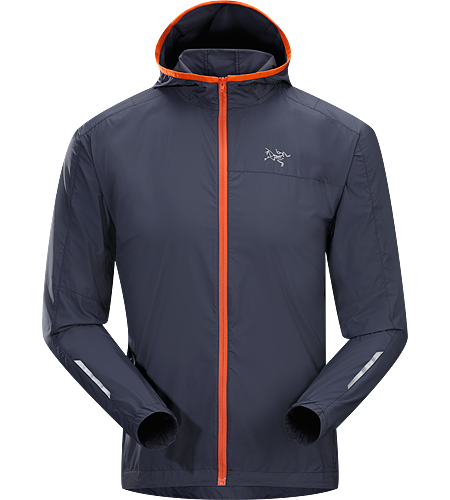 Incendo Hoody Men's Trim-fitting, minimalist running jacket with hood, constructed with water-resistant fabric in the body and sleeves. Ideal for high output activities.