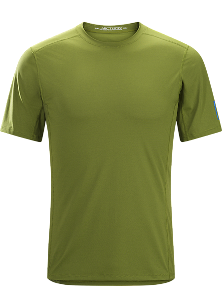 Phase SL Crew SS Men's Moisture-wicking base-layer; Ideal as lightweight insulation layer during aerobic activities. Phase Series: Moisture wicking base layer | SL: Superlight.