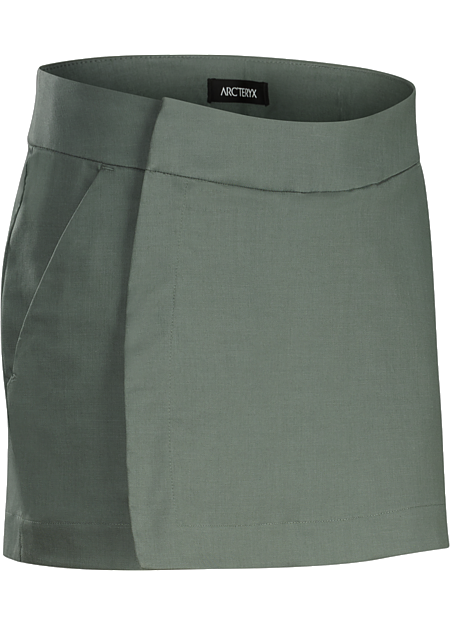 A2B Skort Women's Cotton blend skort easily transitions from the bike commute to workplace.