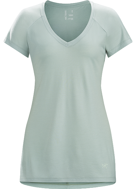 A2B V-Neck Shirt SS Women's Comfortable wool blend knit V-neck top that delivers versatile performance for the urban bike commute and everyday living.