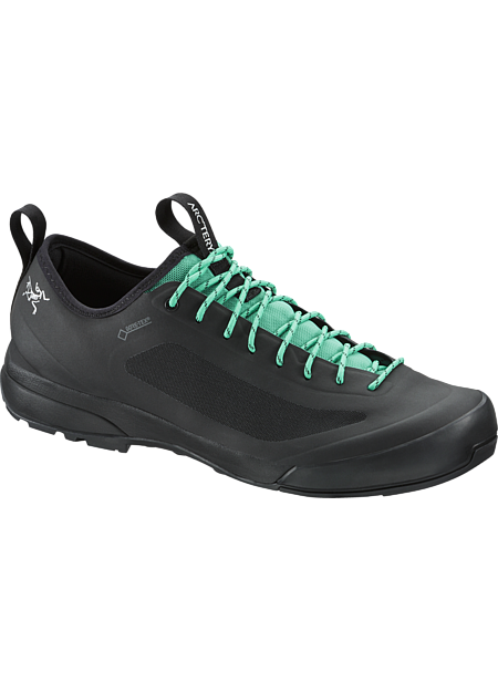 Acrux SL GTX Approach Shoe Women's Ultra-lightweight, agile approach shoe with exceptional fit and GORE-TEX® protection. SL: Super light.