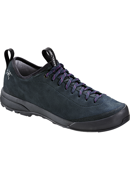 Acrux SL Leather Approach Shoe Women's Leather approach shoe designed for optimal fit, agility and versatility.