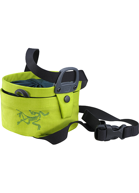 Aperture Chalk Bag - Large Twist closure chalkbag—the bag opens and closes with a twisting motion that seals chalk inside and shrinks the volume for easy transport.