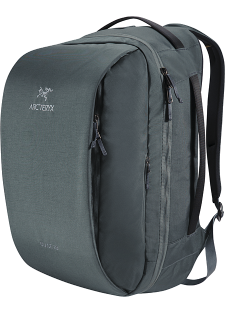 Blade 28 Backpack Streamlined overnight travel pack that carries and organizes laptops, digital tools, clothing and personal items.