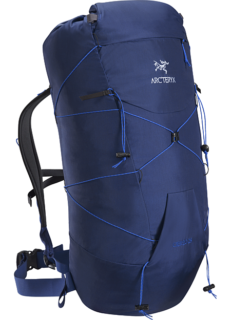 Cierzo 28 Backpack Superlight 28L pack for summit blitzes, approaches, alpine and rock climbing.