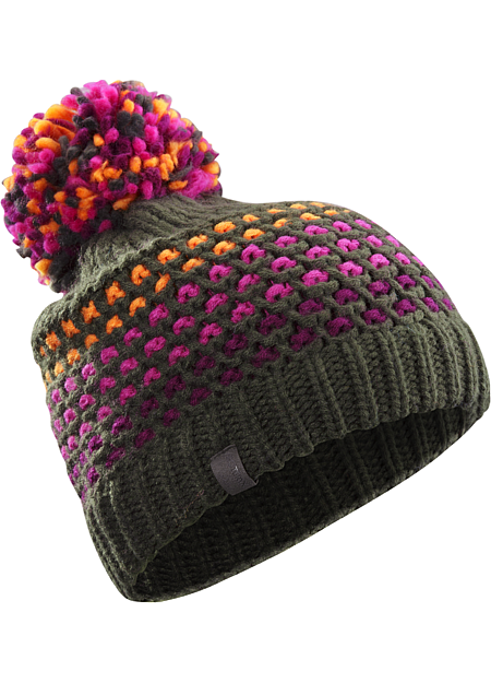 Fernie Toque Women's Women's knit pompom toque is made from a thick, soft yarn for warmth and comfort.