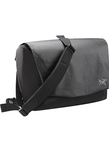 Fyx 13 Messenger Bag Advanced design in a modern messenger bag for the digital world.