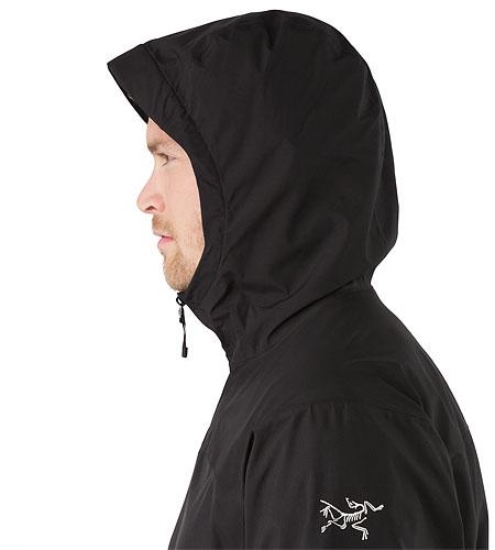 ソラノ ジャケット メンズ 自転車通勤や街中散策向けのゴア® ウィンドストッパー®ジャケット。