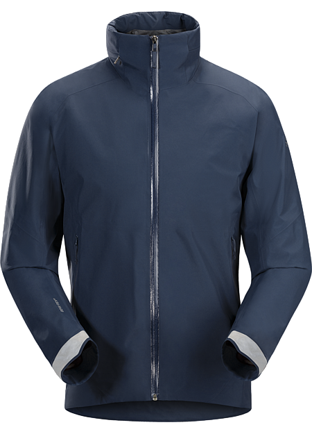Men's waterproof/breathable GORE-TEX® jacket designed for urban bike commutes and city living.