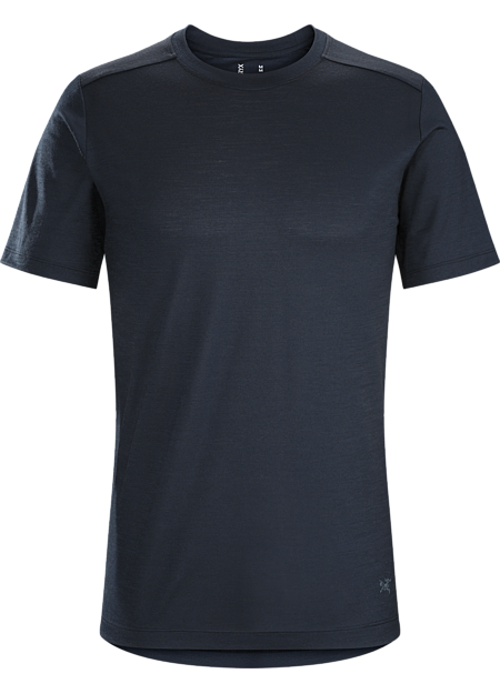 A2B T-Shirt Men's Lightweight, trim fitting wool blend T-shirt for bike commutes and daily living.
