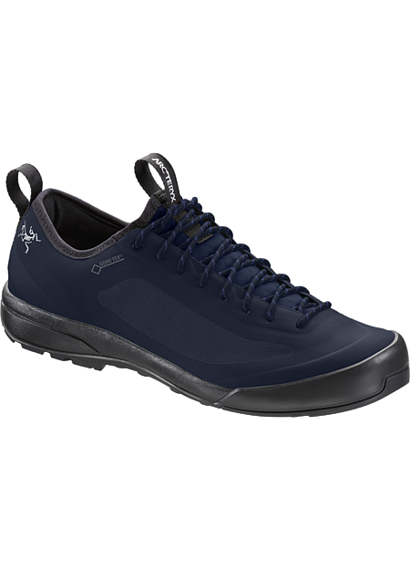 Acrux SL GTX Approach Shoe Men's Total Eclipse/BLUE NIGHTS