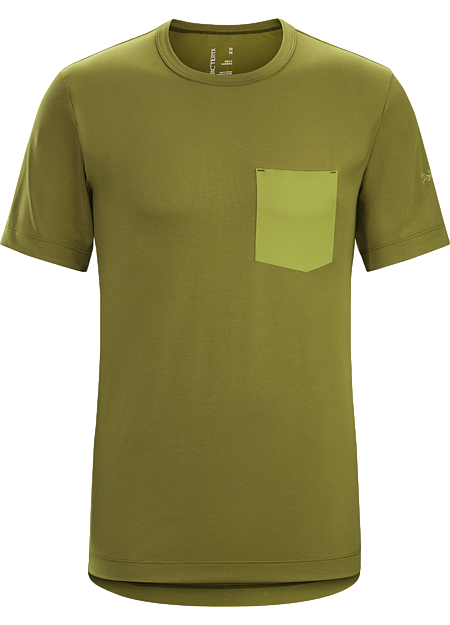 Performance cotton blend T-shirt with casual city styling.