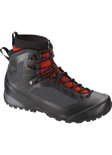 Bora2 Mid GTX Hiking Boot Men's Versatile technical hiking footwear with interchangeable Arc'teryx Adaptive Fit liners, a seamless thermolaminated upper and the versatility for extended trips across varied terrain in shifting conditions. Includes 1 pair of GORE-TEX® MID-LINERS.