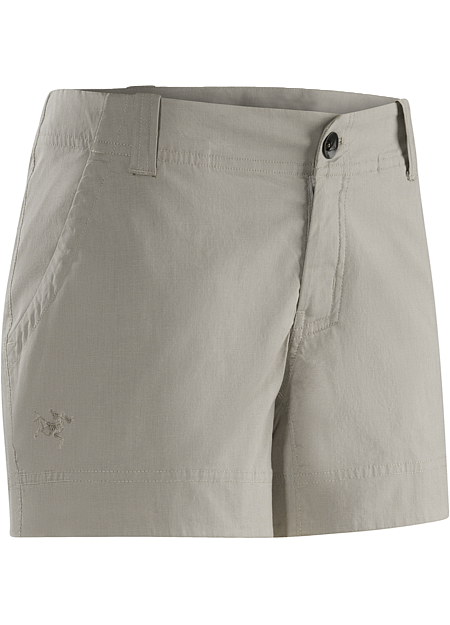 Trim fitting chino style shorts for everyday wear.