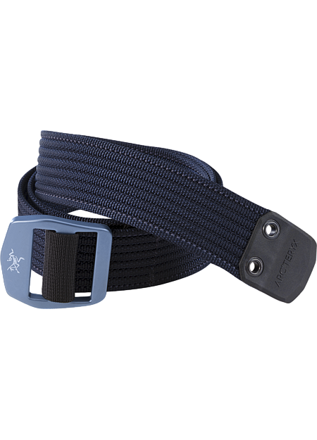 Heavy duty, textured webbing belt with contrasting colour stitch detail and a metal buckle with the Arc'teryx logo. Ideal for keeping your pants up.