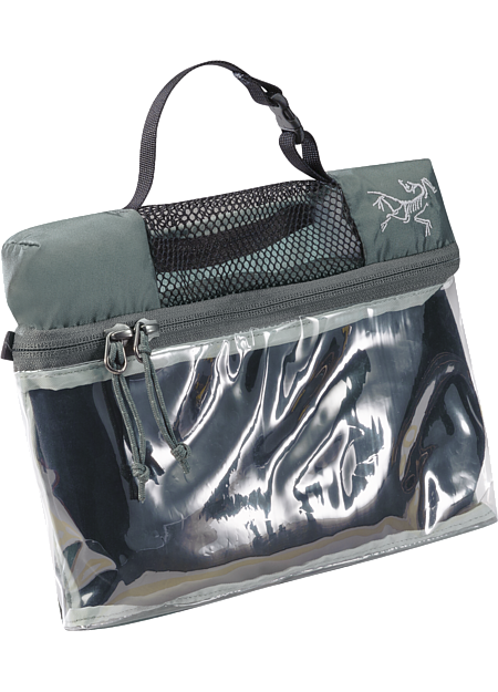Index Dopp Kit Three compartment, compact travel bag for toiletries. A clear paneled main compartment speeds passage through airport security and is sized for 100mL (3.4 oz.) travel containers.