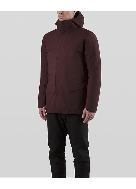 3-layer GORE-TEX® Hooded coat with removable down insulated liner.