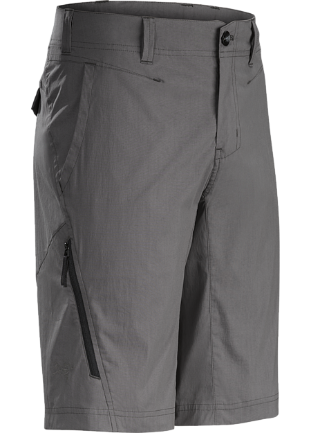 Lightweight, air permeable trim fitting cargo short in a stretch cotton/nylon blend material.