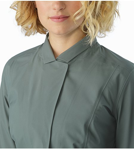 A2B Hardshell Blazer Women's Boxcar Collar Closed