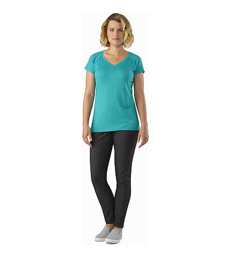 A2B V-Neck Shirt SS Women's Castaway Front View