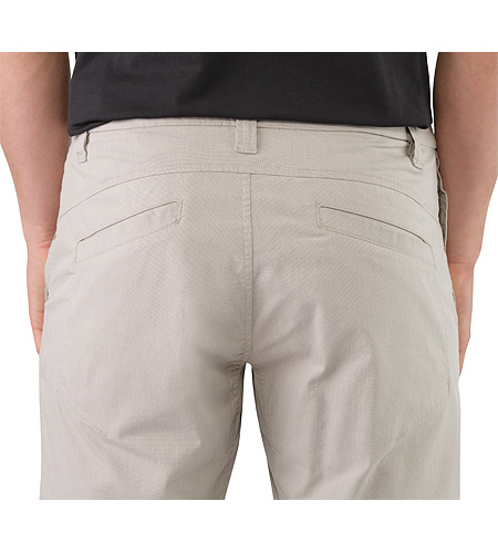 Atlin Chino Short Bone Gesäßtasche