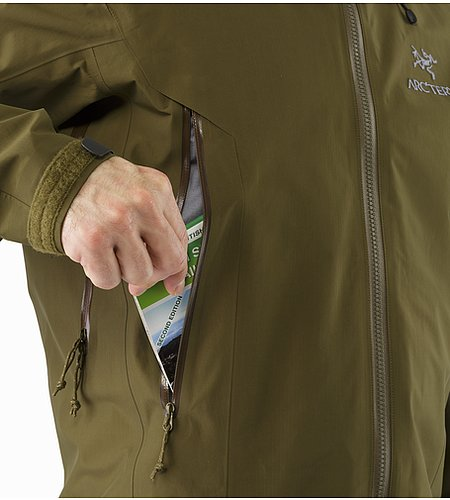 Beta AR Jacket Dark Moss Hand Pocket