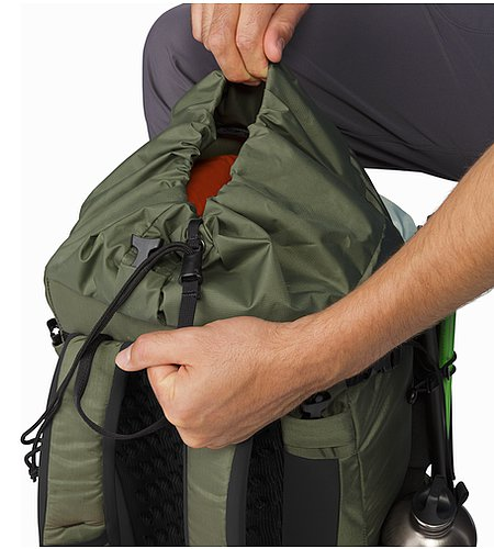Brize 32 Backpack Joshua Tree Zugband-System