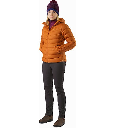 Covert Cardigan Women's Lt Chandra Outfit