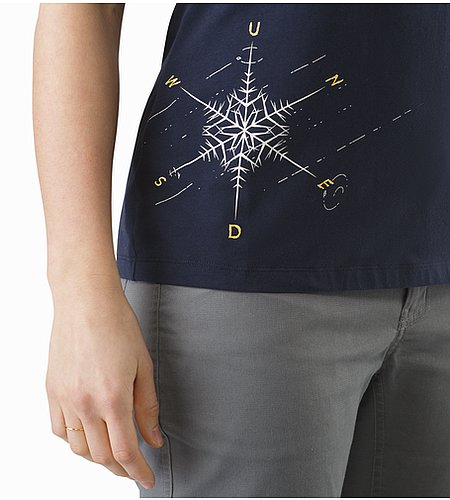 Dendrite T-Shirt Women's Black Sapphire Graphic Close Up