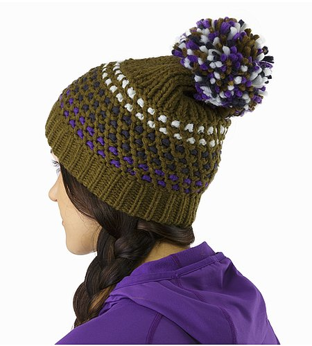 Fernie Toque Women's Banyen Back View