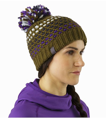Fernie Toque Women's Banyen Front View