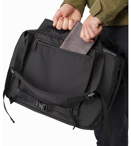 Fyx 13 Messenger Bag Black Back Panel
