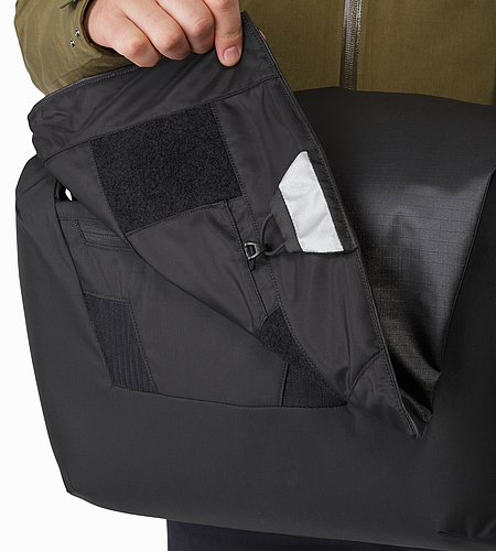 Fyx 13 Messenger Bag Black Drop Down Reflective Patch
