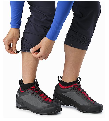 Gamma LT Pant Women's Black Sapphire Cinched On Calf
