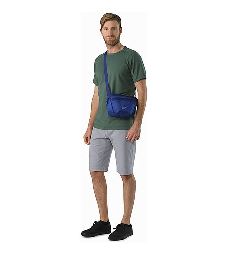 Maka 2 Waistpack Olympus Blue Front View