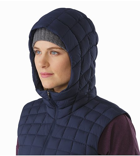 Narin Vest Women's Nighthawk Hood Side View
